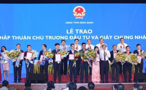 Phát triển du lịch miền Trung: Khó có dịch vụ 5 sao nếu nhân lực 1-2 sao