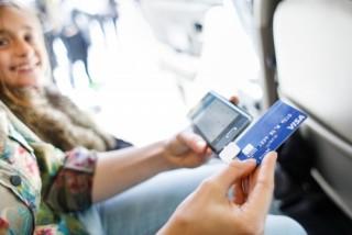 Tăng cường giám sát hoạt động phát hành và sử dụng thẻ tín dụng