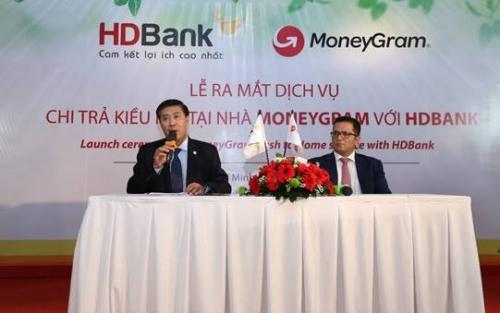 MoneyGram tiếp tục mở rộng thị trường kiều hối tại Việt Nam cùng HDBank