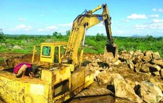 Cần lập lại trật tự khai thác khoáng sản
