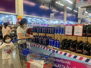 Sức mua hàng hóa thiết yếu sụt giảm