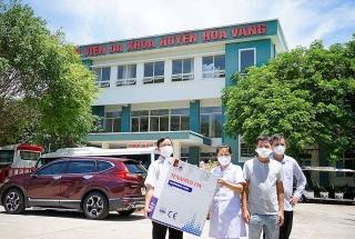 Trao tặng khẩu trang đạt chuẩn cho các bệnh viện ở Đà Nẵng