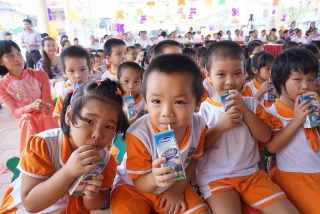 Cần có thời gian để kiểm chứng Chương trình sữa học đường
