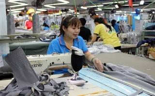 Standard Chartered cung cấp tín dụng hỗ trợ May Bắc Giang LGG sản xuất khẩu trang