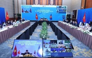 Các Bộ trưởng kinh tế ASEAN tháo gỡ các rào cản đầu tư