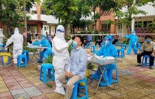 Ngày 1/8, Việt Nam ghi nhận 8.620 ca mắc COVID-19 mới