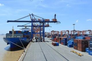 Bộ Công Thương đề nghị giảm phí lưu container cho doanh nghiệp