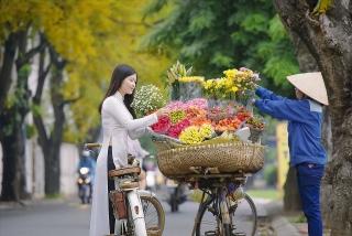 Biết ơn những mùa hoa