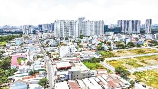 Doanh nghiệp bất động sản đối mặt áp lực kinh doanh