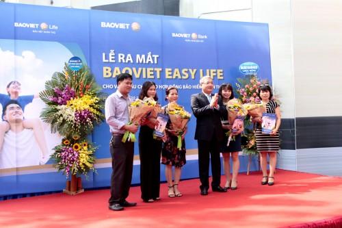 Ra mắt sản phẩm tích hợp ngân hàng – bảo hiểm BAOVIET Easy Life