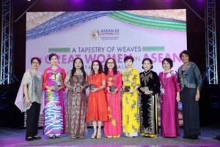 """Phó Chủ tịch SeABank được vinh danh """"Doanh nhân nữ tiêu biểu ASEAN"""""""