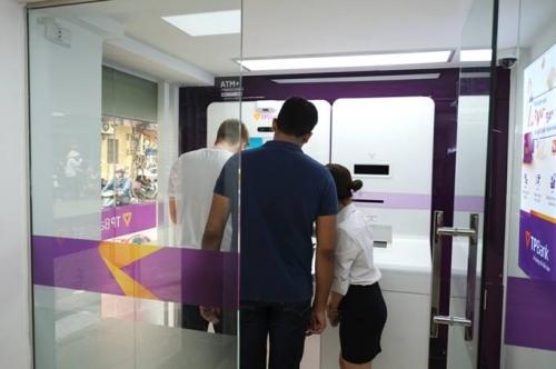 TPBank đẩy mạnh mở rộng LiveBank trên toàn quốc
