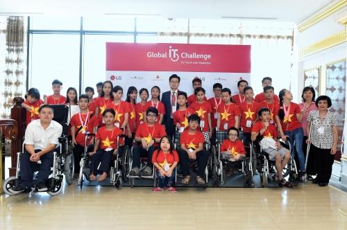 LG hỗ trợ thanh thiếu niên khuyết tật thực hiện ước mơ