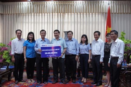 Công đoàn Ngân hàng Việt Nam: Ủng hộ đồng bào bị thiệt hại do cơn bão số 10
