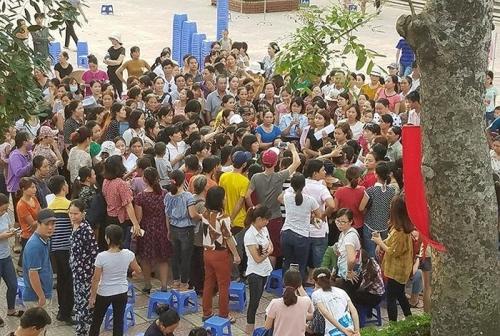 TP.Hà Nội yêu cầu làm rõ các khoản thu tại Trường Tiểu học Sơn Đồng