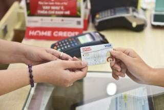 Công ty tài chính tiêu dùng 'đua' phát hành thẻ cho vay