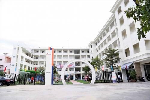 Trường liên cấp song ngữ Sakura-Olympia đi vào hoạt động