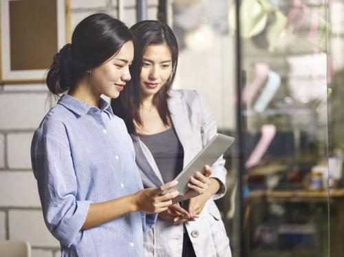 Hanwha Life Việt Nam ra mắt sản phẩm bảo hiểm nhóm an khang hưng nghiệp