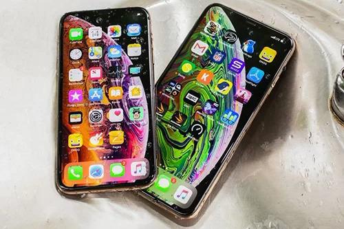 iPhone XS, XS Max giảm giá