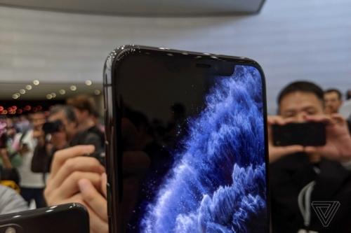 Cận cảnh bộ đôi iPhone 11 Pro và iPhone 11 Pro Max vừa ra mắt
