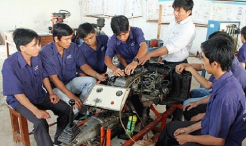 Đào tạo nghề: Đặt trọng xã hội hóa