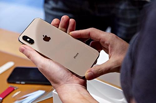 iPhone XS, XS Max hạ giá vì iPhone 11