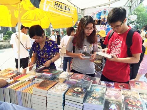 Văn học Việt Nam: Mơ về những tác phẩm xứng tầm thời đại