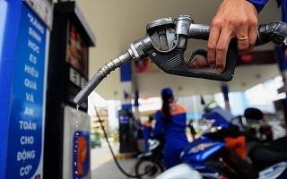 Giá xăng, dầu giảm nhẹ từ 15h hôm nay (11/9)
