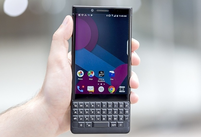 dien thoai blackberry dai ha gia