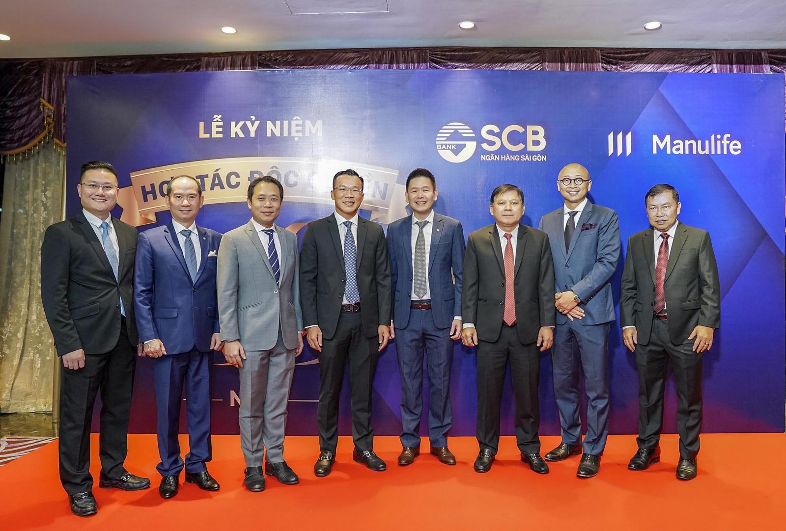 SCB và Manulife kỷ niệm 5 năm hợp tác độc quyền