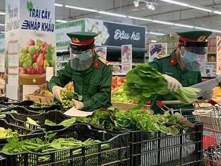 Central Retail tài trợ 1 tỷ đồng mua 10.000 gói combo nông sản