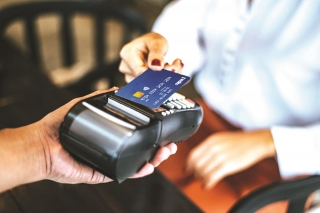 Ngân hàng chạy đua chuyển đổi thẻ chip