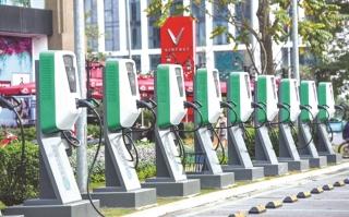 Cơ hội vàng để phát triển xe ô tô điện