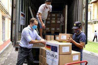Đức hỗ trợ Việt Nam 852.480 liều vắc-xin qua cơ chế COVAX