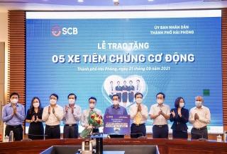 SCB tặng Hải Phòng 5 xe tiêm chủng cơ động