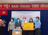 T&T Group và SHB trao 2 triệu bộ kit để TP.HCM phòng chống dịch