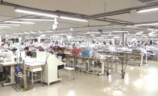 Doanh nghiệp dệt may: Nỗi lo giá nguyên phụ liệu tăng cao