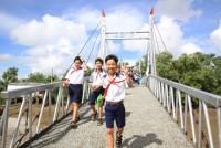 Bạc Liêu nhận bàn giao cầu thép dây văng qua kênh Điền Cô Ba