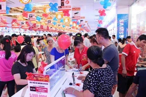 """""""Lên đời"""" hàng điện máy với Nguyễn Kim"""
