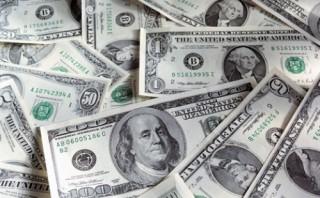 Tỷ giá trung tâm giảm mạnh, giá USD ngân hàng không có nhiều biến động