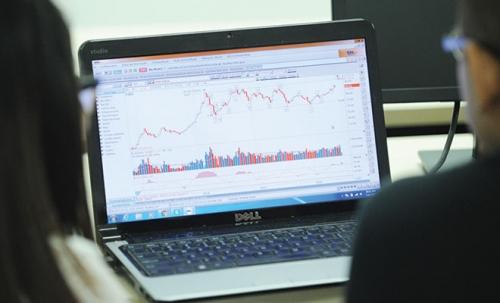 Chứng khoán chiều 11/10: Cổ phiếu vốn hóa lớn dẫn dắt thị trường