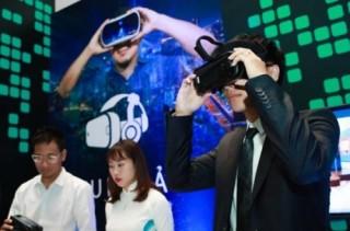Viettel triển lãm công nghệ nhân dịp 13 năm kinh doanh mạng di động