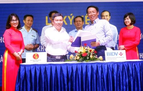 BIDV Chi nhánh Tây Sơn và Kho bạc Nhà nước Bình Định phối hợp thu ngân sách