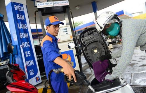 Xăng dầu đồng loạt giảm giá từ 16h55 ngày 20/10