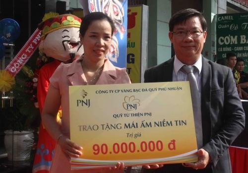 """PNJ trao tặng """"mái ấm niềm tin"""" tại Đà Nẵng"""