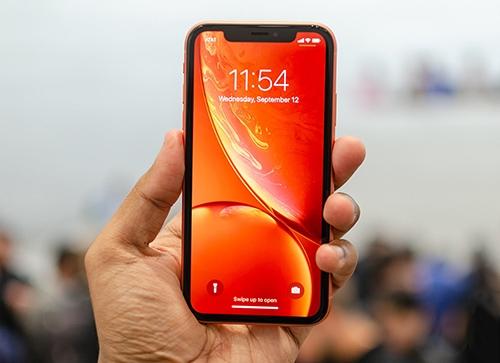 Người Việt thờ ơ với iPhone XR