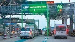 TP.HCM: Kiến nghị bắt buộc ô tô dùng thẻ thu phí