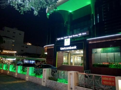 Vietcombank Móng Cái: Chuyển dịch từ ngân hàng bán buôn sang bán lẻ