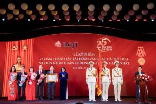 Tập đoàn Vàng bạc Đá quý DOJI mừng tuổi 25 và đón nhận Huân chương Lao động hạng Nhất