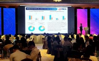 Thẻ ngân hàng Việt:Chuyển đổi để bắt kịp hội nhập